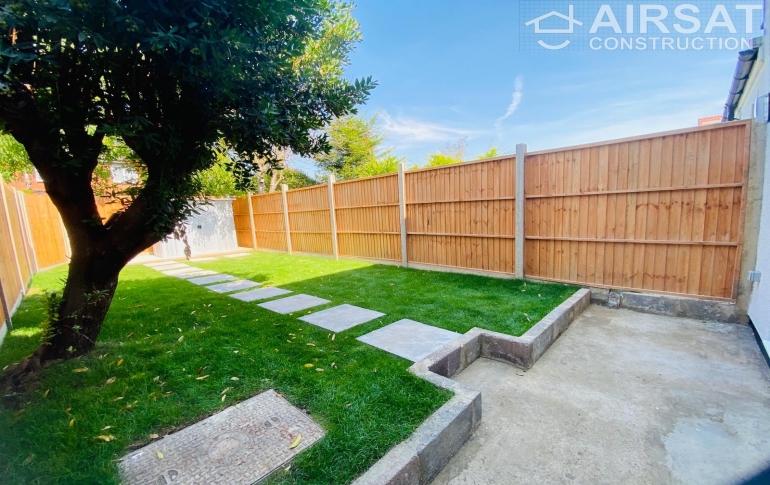 Garden fences.JPG