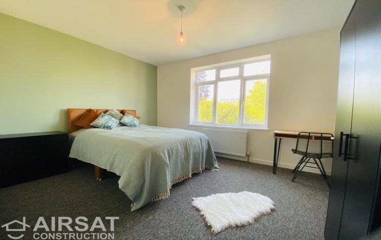 Bedroom3-4.JPG